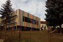 Finální podoba nové budovy školky v Lukách se už začíná rýsovat.