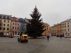 Pondělí 8. ledna dopoledne jihlavské Masarykovo náměstí.