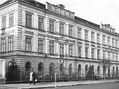Základní škola Masarykova získá částečně zpět původní novorenesanční vzhled, který měla před 40 lety.