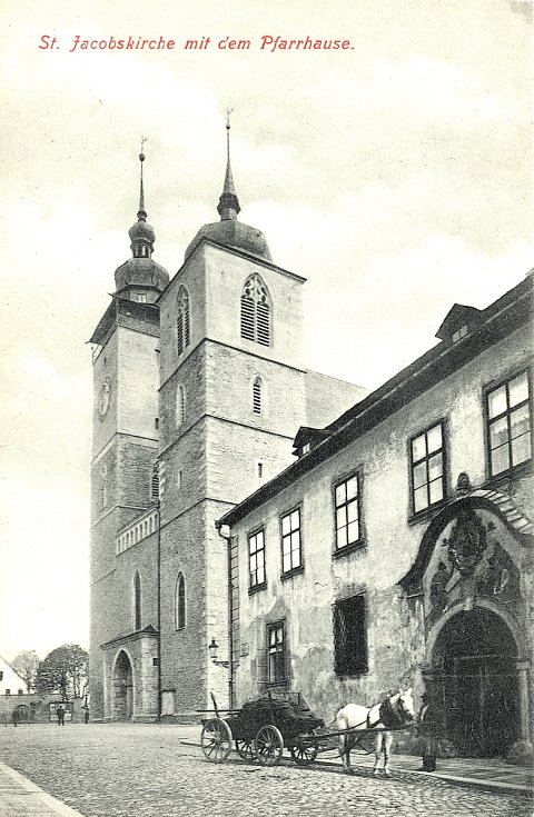 Kostel sv. Jakuba s farou.