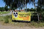 V Dolní Cerekvi také rozvěsili speciální bannery.