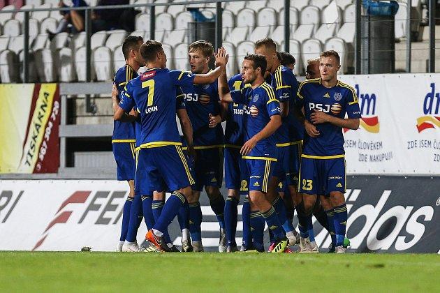 9. kolo fotbalového utkání FNL mezi FC Vysočina a Vlašimí.