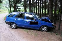 Snímek z nehody v chatové osadě Dvorce.