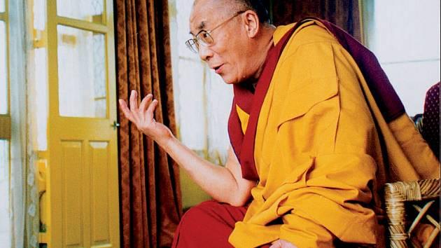 Film anglického režiséra, který zachytil 18 měsíců života dalajlamy, je k vidění 30. března od 17 hodin.