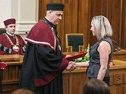 Slavnostní zakončení studia absolventů Vysoké polytechnické školy Jihlava v magisterského programu Komunitní péče v porodní asistenci.