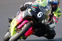 Motocyklový jezdec Michal Prášek si může o víkendu zajistit titul mistra republiky.