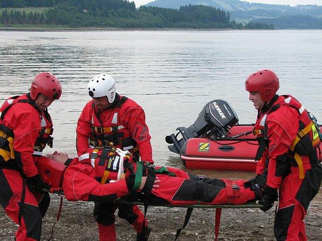Na jižní Moravě se dnes sejdou u cvičení u vodní nádrže Nové Mlýny hasiči z Vysočiny, jižní Moravy a Dolního Rakouska. Ilustrační foto.