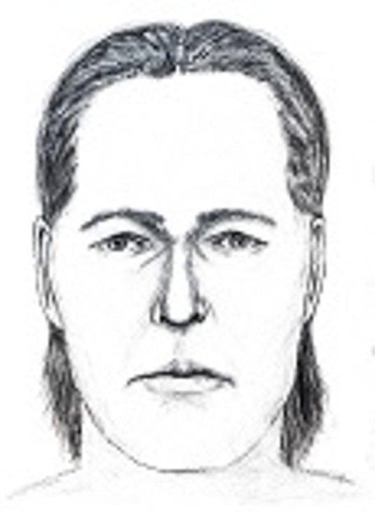Kriminalisté se snaží zjistit totožnost neznámého muže, kterého našli na podzim 2019 v mělkém hrobě u obce Habry na Havlíčkobrodsku.