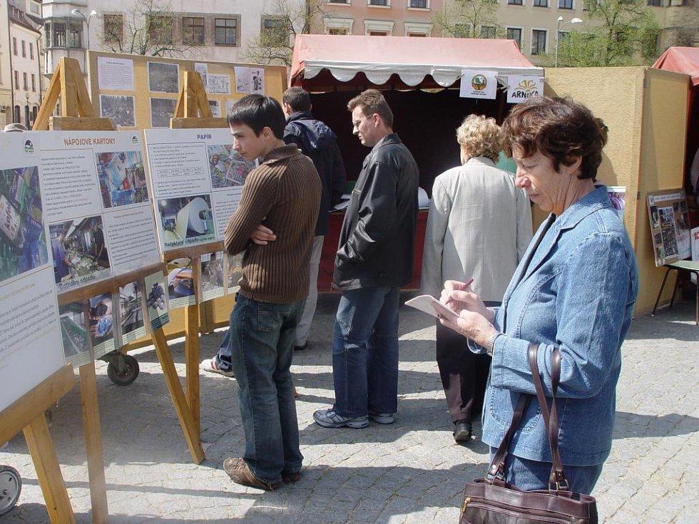 Příchozí mohli na jihlavském Masarykově náměstí načerpat informace z různých panelů.