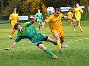 Fotbalisté Rantířova (v zeleném) nemají na jaře formu, což potvrdil i další domácí nezdar. Velkému Beranovu podlehli 0:3.