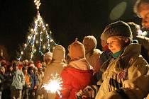 Nejvíce peněz zaplatí město Jihlava za vánoční výzdobu. Vyjde zhruba na tři sta tisíc korun.