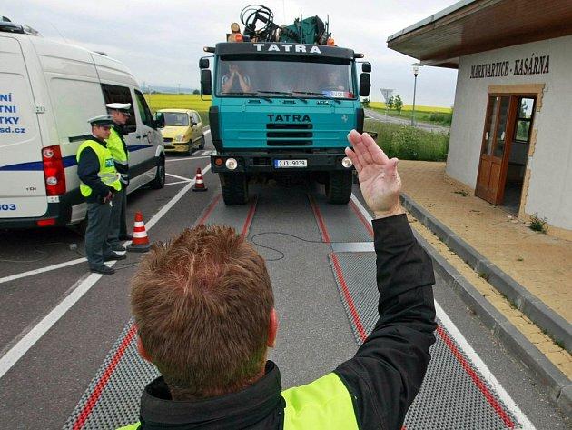 Vážení kamionů.