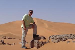 V Libyi zřejmě našli ostatky kuchaře Pavla Hrůzy zVelkého Meziříčí na Žďársku. Snímek je z libyjské pouště předtím, než se ztratil.