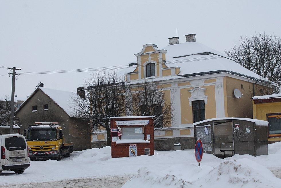 Do Větrného Jeníkova se sjíždí autobusy z několika směrů. Pro starostku je zásadní, jak bude Veřejná doprava Vysočiny nakonec fungovat.