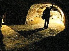 Návštěvníci Telče se budou moci podívat do podzemních chodeb, které vedou pod městem.