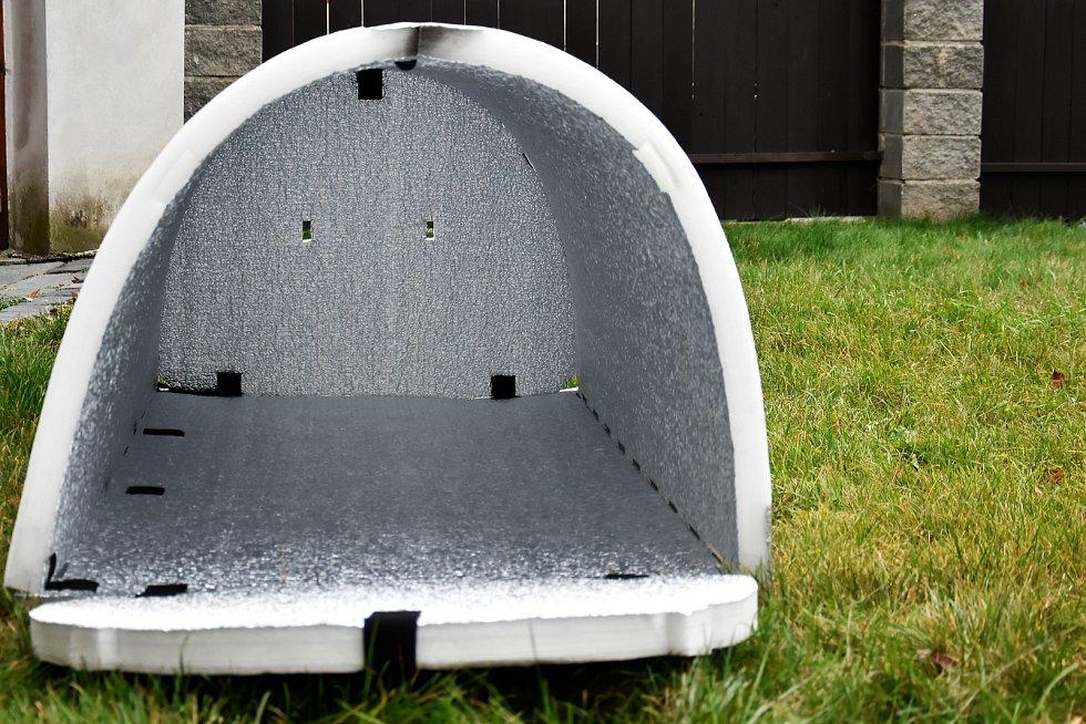 Speciální iglú pro bezdomovce.