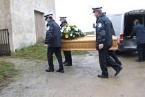 Zemřela mladá policistka a maminka.