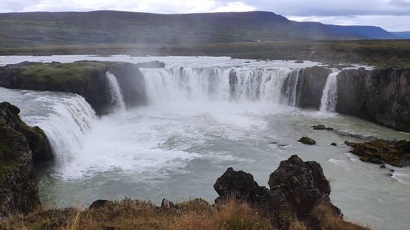 Štěpán Tichý vzal seniory v Lesnově na putování po Islandu.