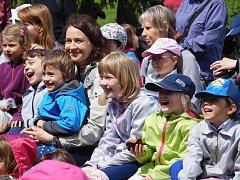 Senohraní slaví u dětí tradičně velký úspěch.