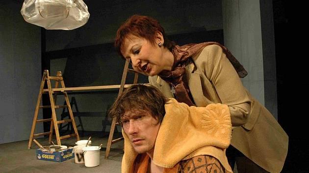V komedii To byla ale noc hraje hlavní postavu Richarda Jacksona Stanislav Gerstner.