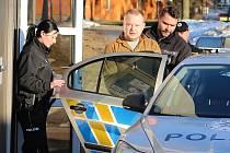 Od Okresního soudu putoval cizinec rovnou do vazební věznice