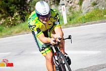 """Na kole. Tomáš Bednář se v Kotoru snažil roztrhat skupinku jezdců. """"Tempo bylo až turistické,"""" říká."""