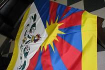 Na jihlavské radnici vlaje tibetská vlajka. Zůstane tam jeden den.