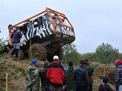 Do bývalého vojenského prostoru v Rančířově dorazilo o uplynulém víkendu celkem 48 posádek nákladních aut.