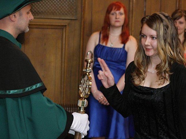 Uplynulé dva dny byly pro absolventy VŠPJ slavnostní.