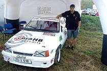 Do závodního auta Pavel Vrátil nasypal kolem dvou set tisíc korun.