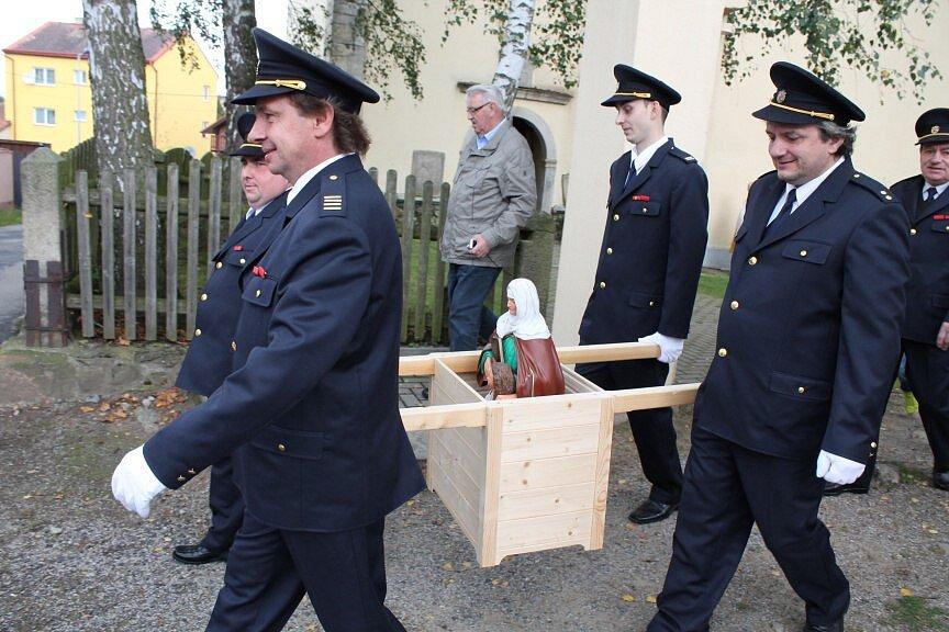 Otevření křížové cesty ve Stonařově.