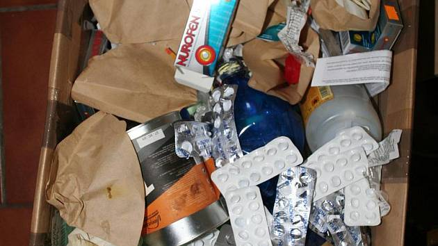 Výrobci pervitinu se jeho laboratoř může vejít do igelitové tašky.