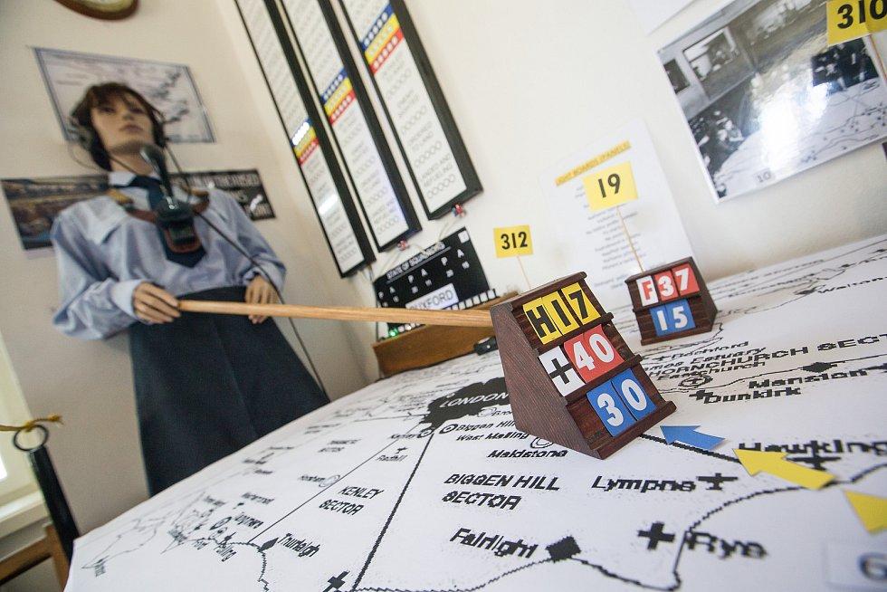 Slavnostní otevření výstavy Na křídlech za lva ve Větrném Jeníkově.