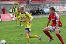 Hodně důležitý prý v dnešním utkání s Bohemians bude první gól, o který by se mohl postarat i Rostislav Šamánek (ve žlutém). Trenér Krieg by mu určitě nevytkl, kdyby zavzpomínal na utkání s Mladou Boleslaví, kde se trefil třikrát.