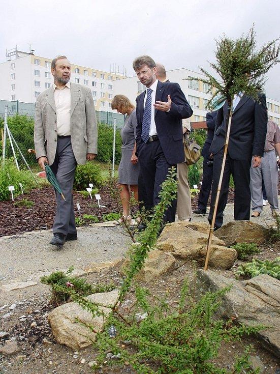 U slavnostního otevření arboreta v Třešti nechyběl hejtman Miloš Vystrčil.
