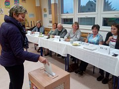 Ve Velkém Beranově probíhaly volby v budově základní školy.