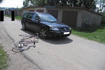 Nehoda v Žižkově ulici u garáží