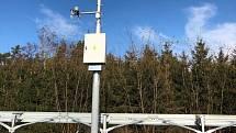 Meteostanice pomáhají dispečerům zavčas odhalit zimní nástrahy.