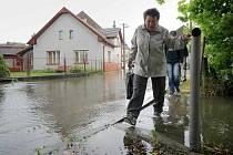 Velká voda v úterý potrápila obyvatele Polné (na snímku) i nedalekého Dobronína. V Dobroníně hned od rána platil třetí stupeň povodňové aktivity.