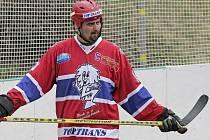 Kapitán jihlavských hokejbalistů Roman Smutný dobře ví, že jeho tým nečeká v tuzemské soutěži nic jednoduchého. Už dnes tedy vstoupí do náročné přípravy, která bude na úvod klasická: nabírání kondice.