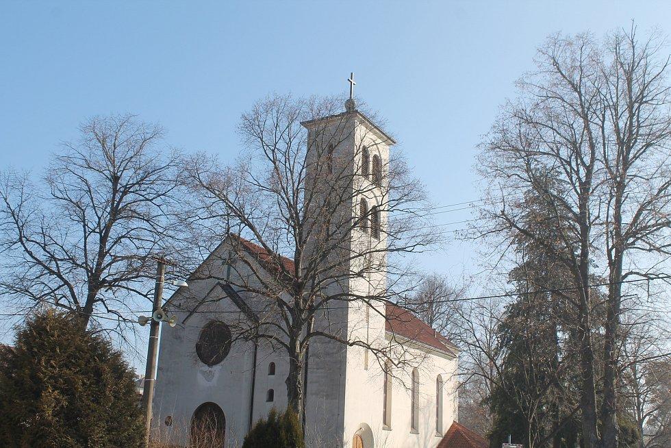Kostel v Malém Beranově.