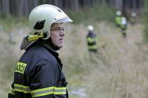 Zátahu na hopkající zvíře se zúčastnilo na sedm desítek hasičů, policistů a dobrovolníků.