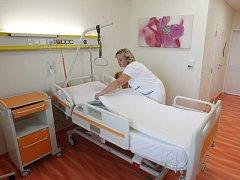 Oddělení interního pavilonu jihlavské nemocnice lze nyní rozeznat i podle barev.