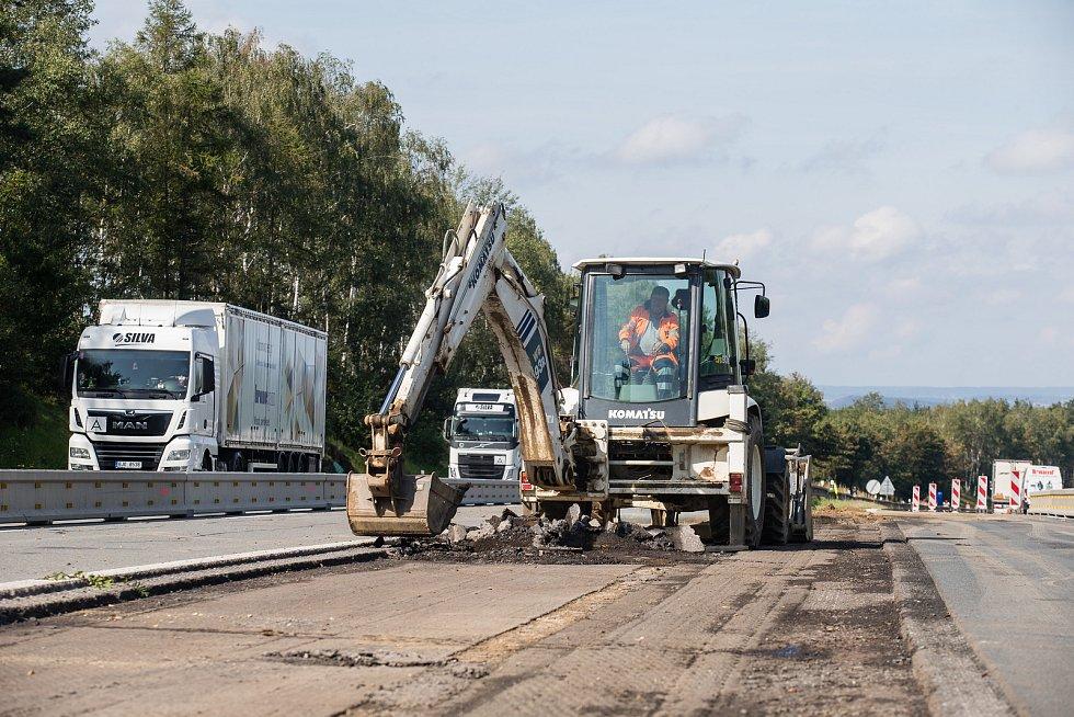 Rekonstrukce dálnice D1 mezi Humpolcem a Koberovicemi.