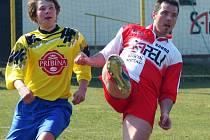 Janovický Tomáš Reiterman (vpravo) si v Lípě parádně zastřílel. Dal čtyři góly.