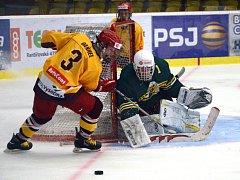 Stoprocentní. Jihlavští hokejisté zvládli domácí zápas s Havířovem i výjezd na led do Vsetína. Šesti body se dál drží mezi nejlepší čtyřkou skupiny, která si zajistí přímý postup do play-off.