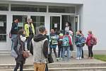 V pondělí 25. května se do školních lavic vrátila zhruba polovina žáků prvního ročníku základních škol.