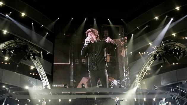"""Takto vypadalo podium při koncertě legendárních """"Stuonů"""" v sbrském Bělehradě o právě uplynulé sobotě."""