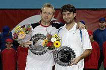 Česká dvojice Leoš Friedl (vlevo), David Škoch se naposledy radovala z účasti ve finále loni na podzim na Challengeru v Bratislavě. Blízko tomu byli i v chilské metropoli Santiago, ale nakonec smolně prohráli s dvojicí Kubot, Marach.