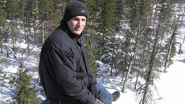 Třiatřicetiletý Karel Havelka vystudoval obor kybernetika na ČVUT. U havlíčkobrodské firmy B: Tech pracuje šest let. Je ženatý, má tři děti.